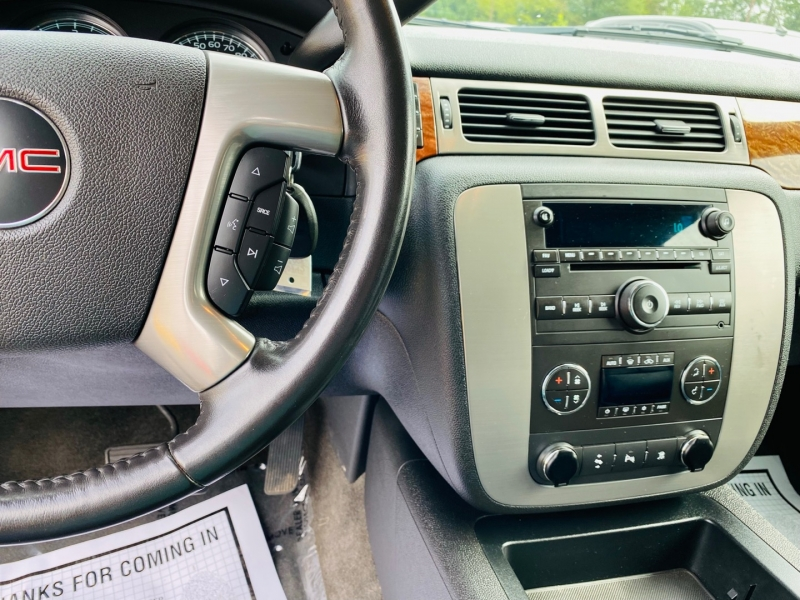 GMC Yukon XL 2008 price $13,995