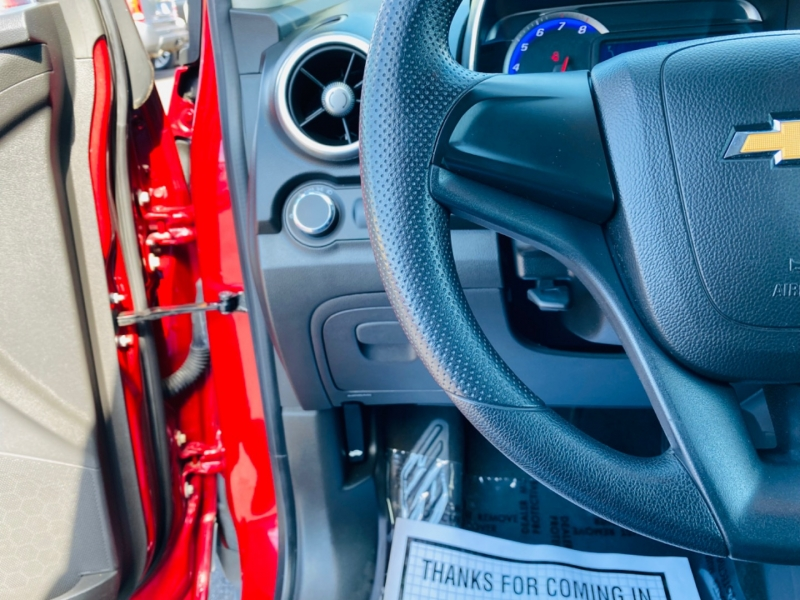 Chevrolet Trax 2015 price $12,995