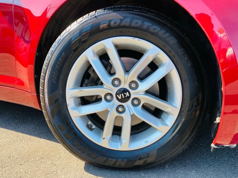 Kia Optima 2011 price $8,995