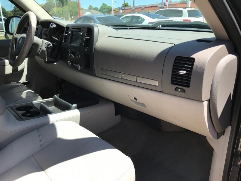 GMC Sierra 1500 Hybrid 2011 price $11,495