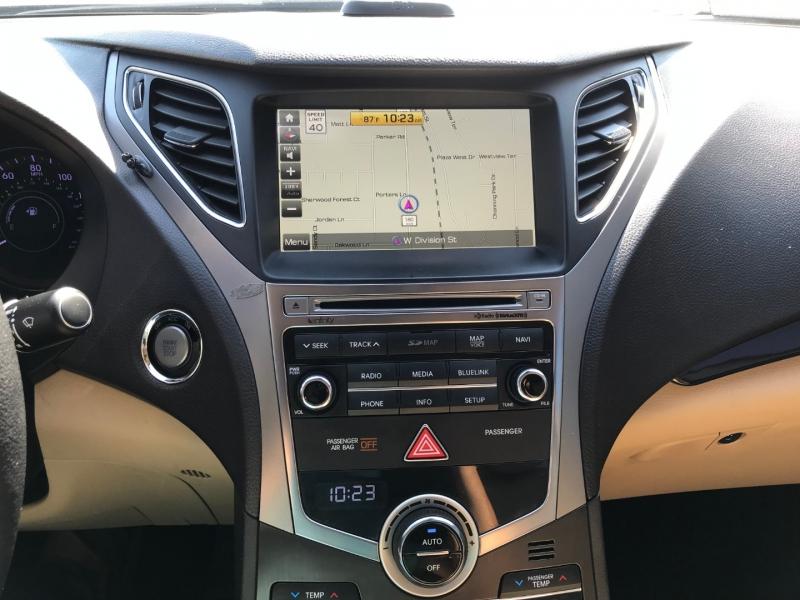 Hyundai Azera 2015 price $8,295