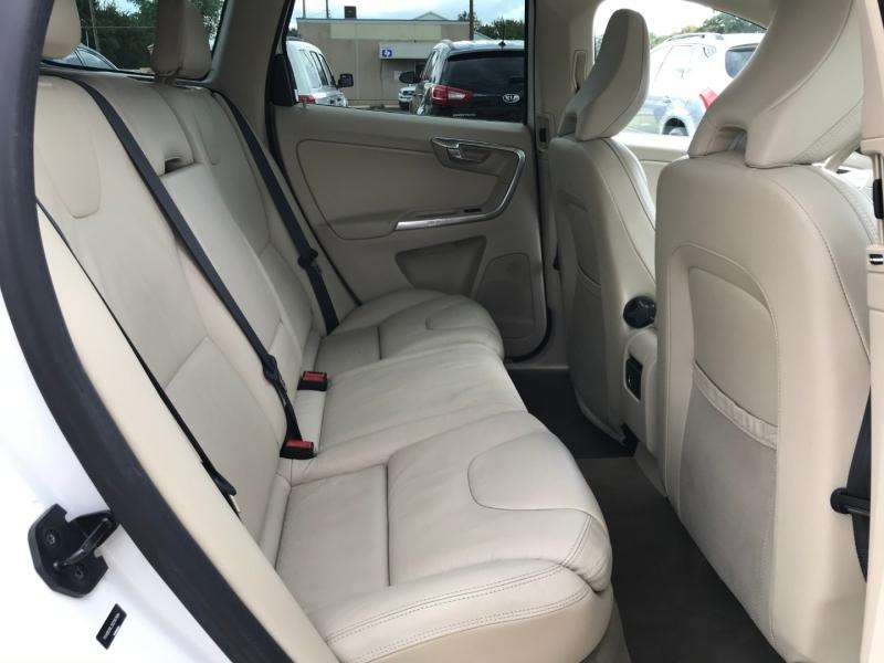 Volvo XC60 2013 price $8,795
