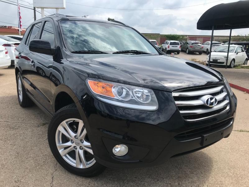 Hyundai Santa Fe 2012 price $8,495