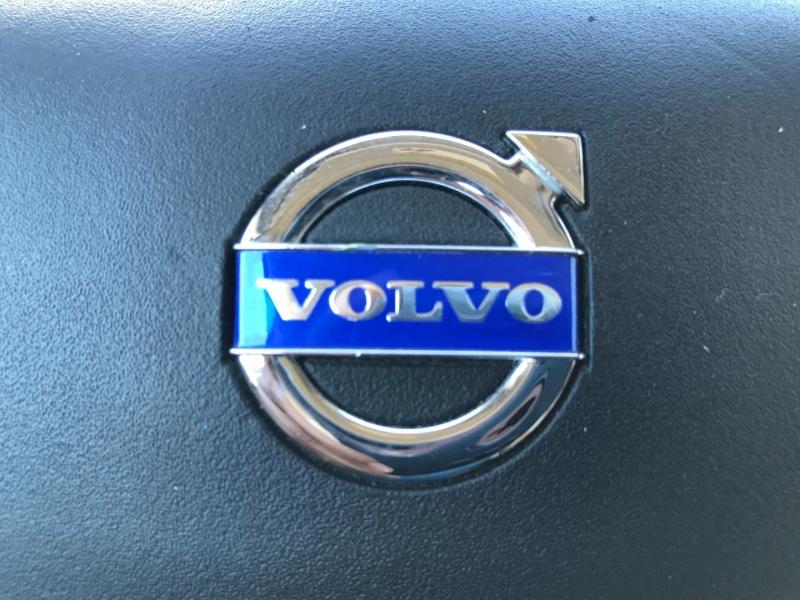 Volvo C70 2011 price $11,995