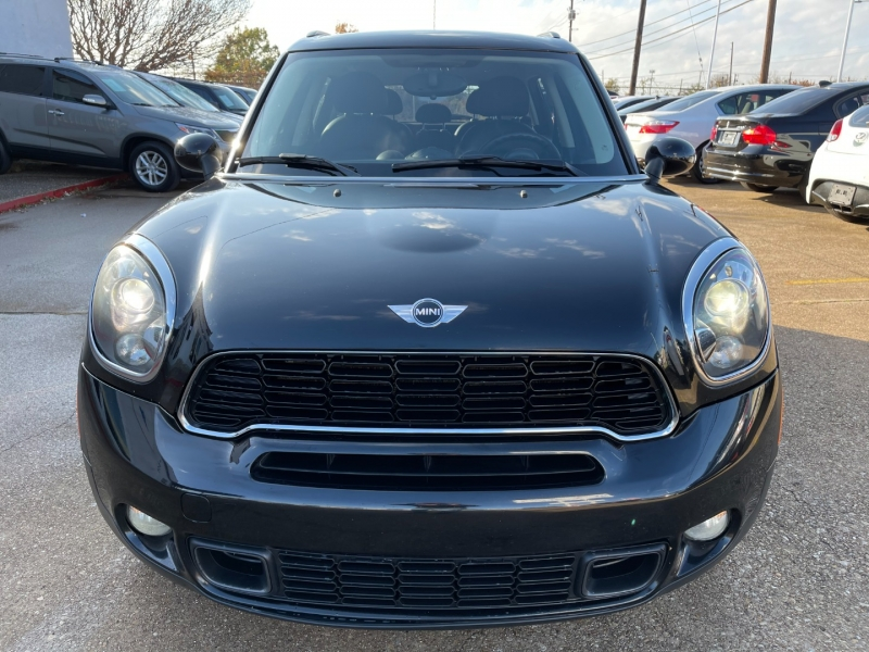 Mini Cooper Countryman 2012 price $8,295