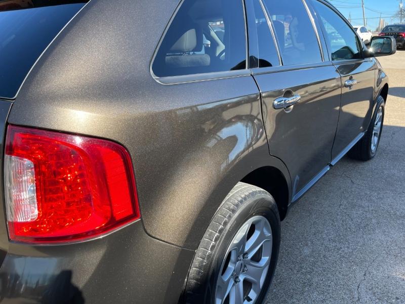 Ford Edge 2011 price $9,295