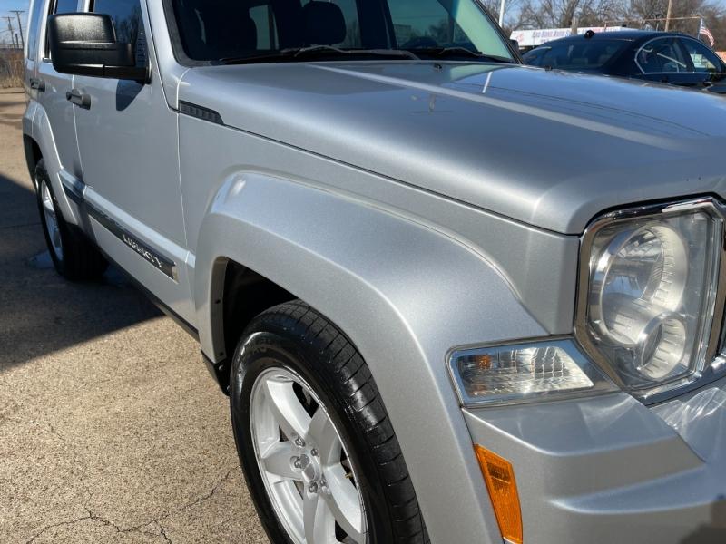 Jeep Liberty 2012 price $9,995