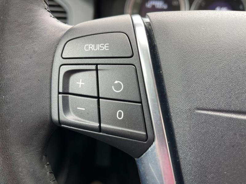Volvo XC60 2011 price $8,995