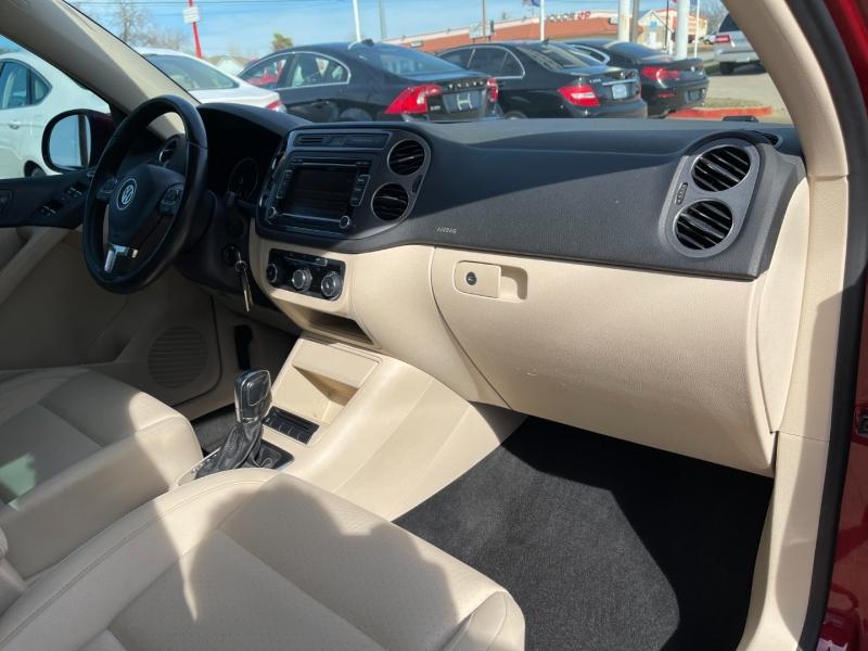 Volkswagen Tiguan 2012 price $7,795