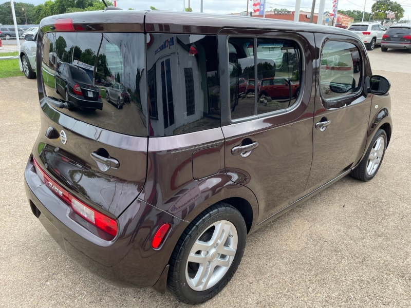 Nissan cube 2010 price $5,995