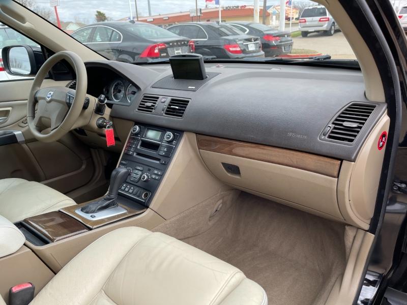 Volvo XC90 2011 price $8,495
