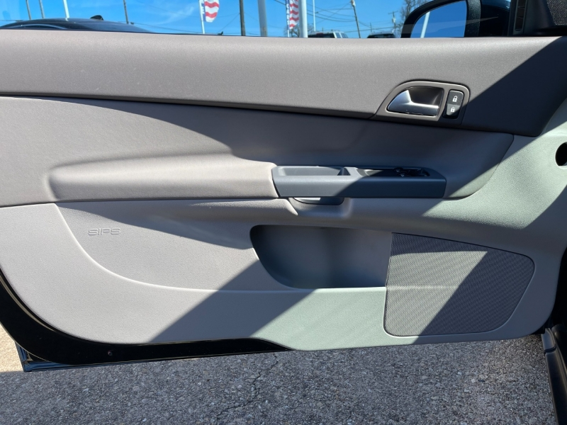 Volvo C30 2009 price $6,695