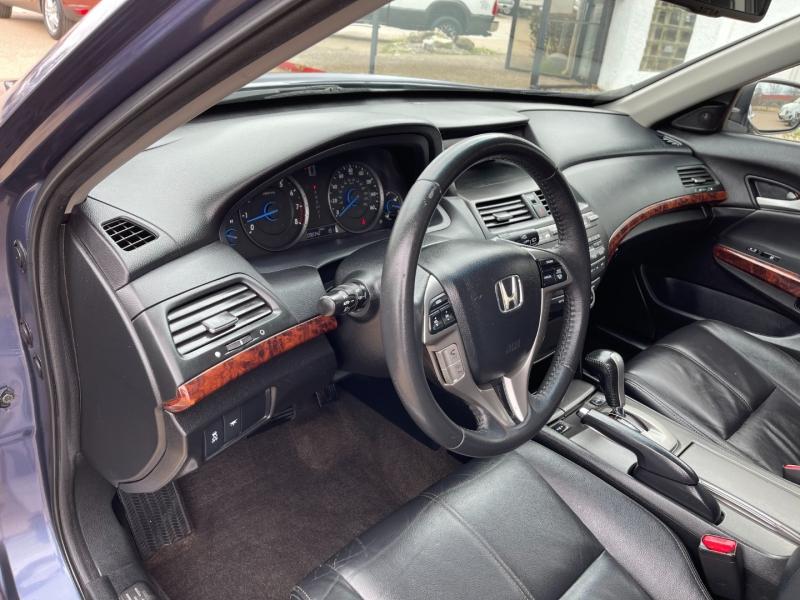 Honda Crosstour 2012 price $10,995