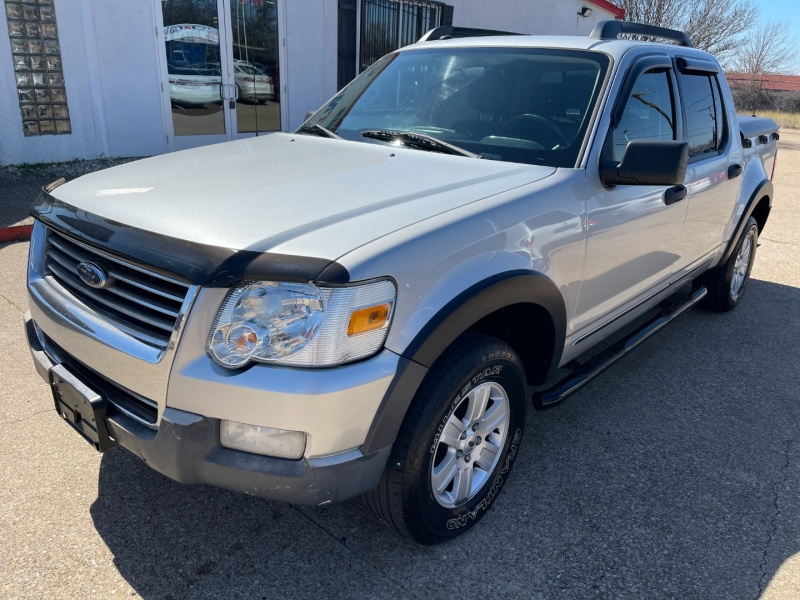 Ford Explorer Sport Trac 2010 price $8,995
