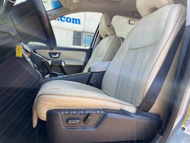 Volvo XC90 2013 price $9,495