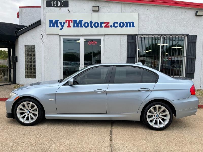 BMW 3-Series 2011 price $8,995