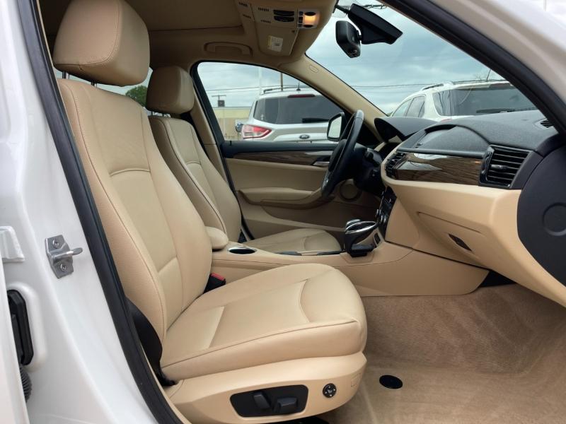 BMW X1 2013 price $10,995