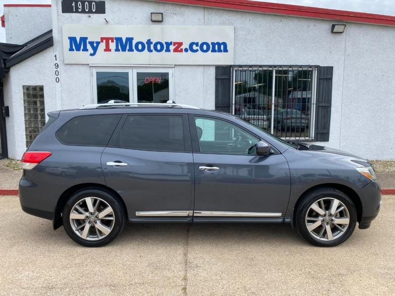 Nissan Pathfinder 2013 price $12,495