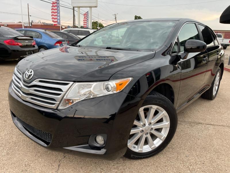 Toyota Venza 2012 price $10,495