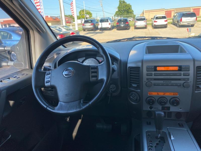 Nissan Titan 2006 price $11,495