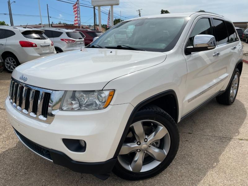 Jeep Grand Cherokee 2011 price $13,895