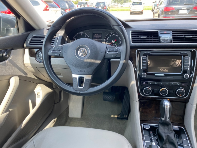 Volkswagen Passat 2014 price $10,395