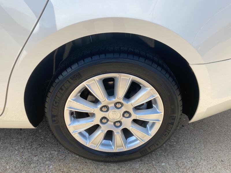 Buick LaCrosse 2013 price $11,995
