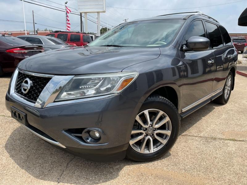 Nissan Pathfinder 2013 price $11,595