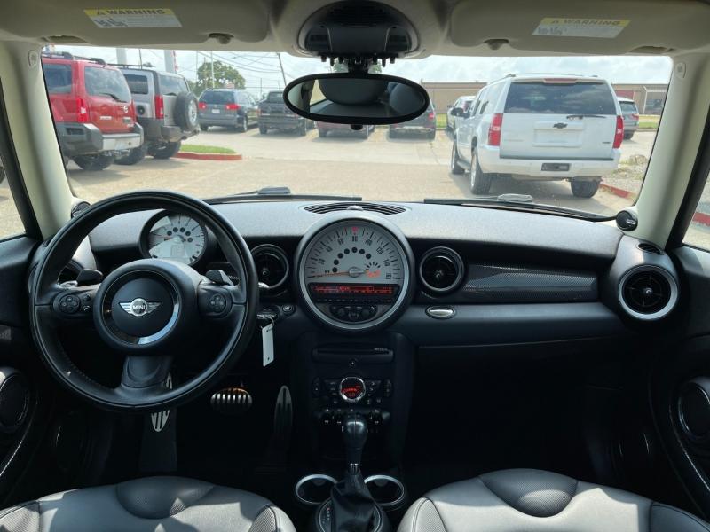 Mini Cooper Clubman 2011 price $8,995