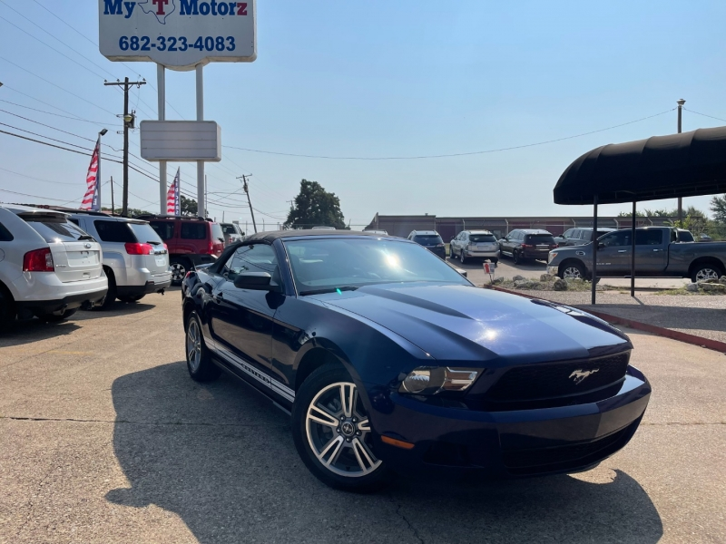 Ford Mustang 2010 price $10,795