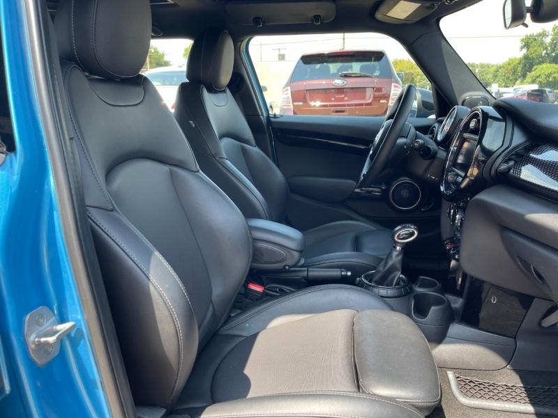 Mini Cooper Hardtop 4 Door 2015 price $10,995