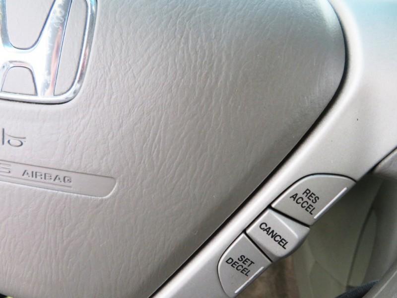 Honda Pilot 2006 price $5,555