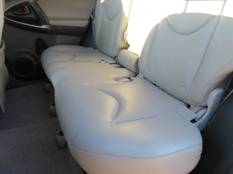Toyota RAV4 2011 price $8,988