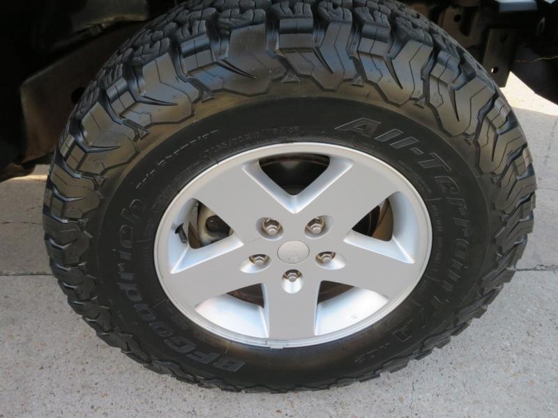 Jeep Wrangler Unlimited 2010 price $21,995