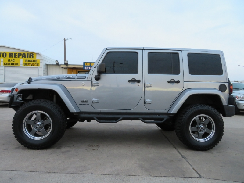 Jeep Wrangler Unlimited 2014 price $29,995