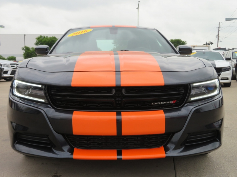 Dodge Charger 2016 price $14,995