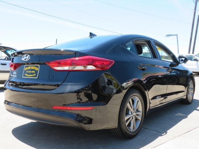 Hyundai Elantra 2018 price $13,995