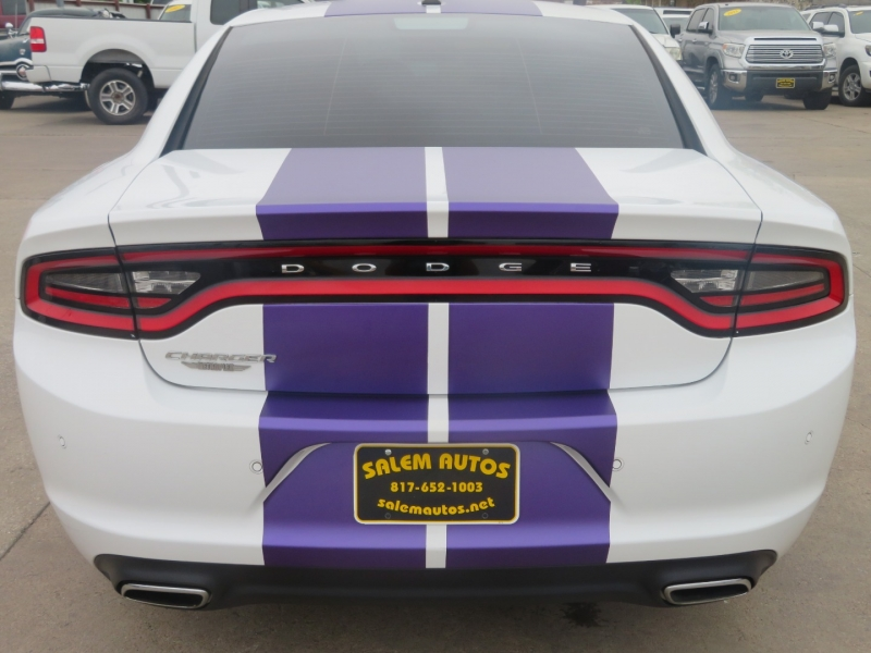 Dodge Charger 2016 price $17,995