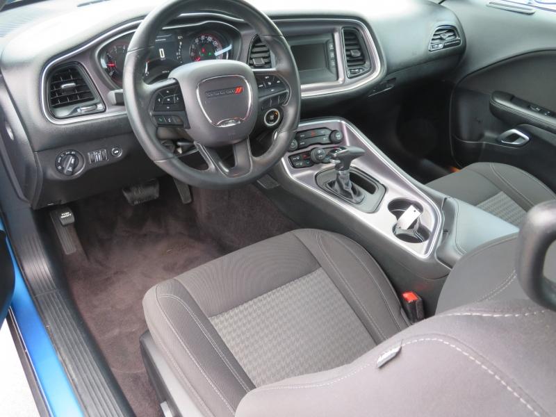 Dodge Challenger 2017 price $21,995