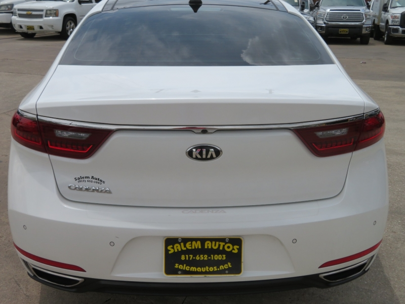 Kia Cadenza 2017 price $28,995