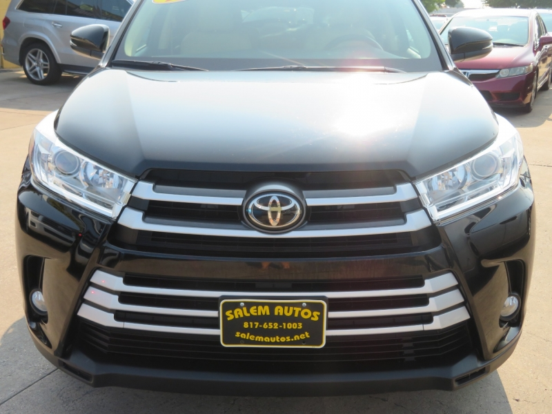 Toyota Highlander 2017 price $28,995