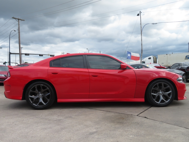 Dodge Charger 2019 price $28,995