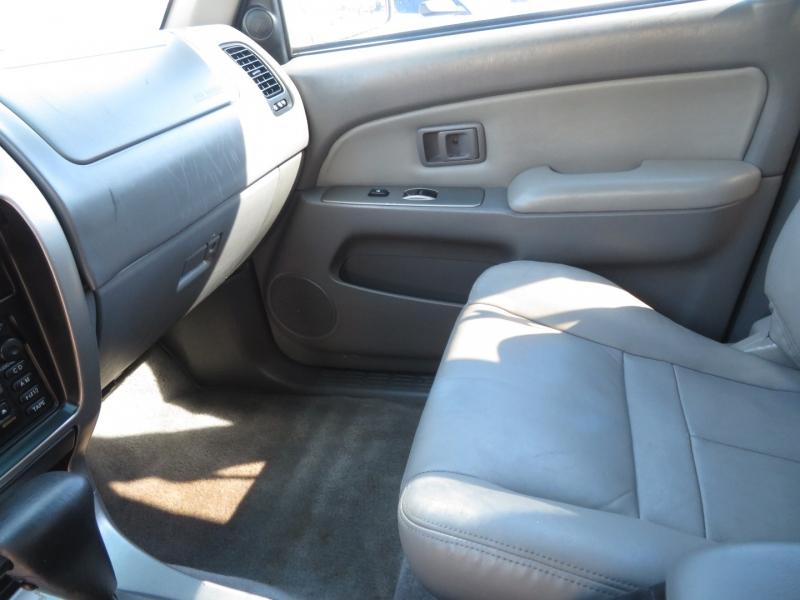 Toyota 4Runner 2002 price $7,995