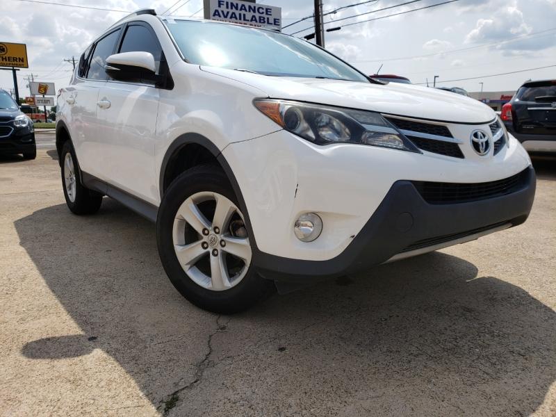 Toyota RAV4 2013 price $10,100