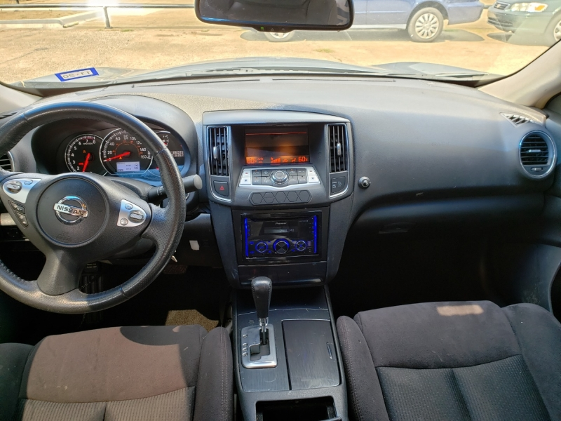 Nissan Maxima 2014 price $9,500