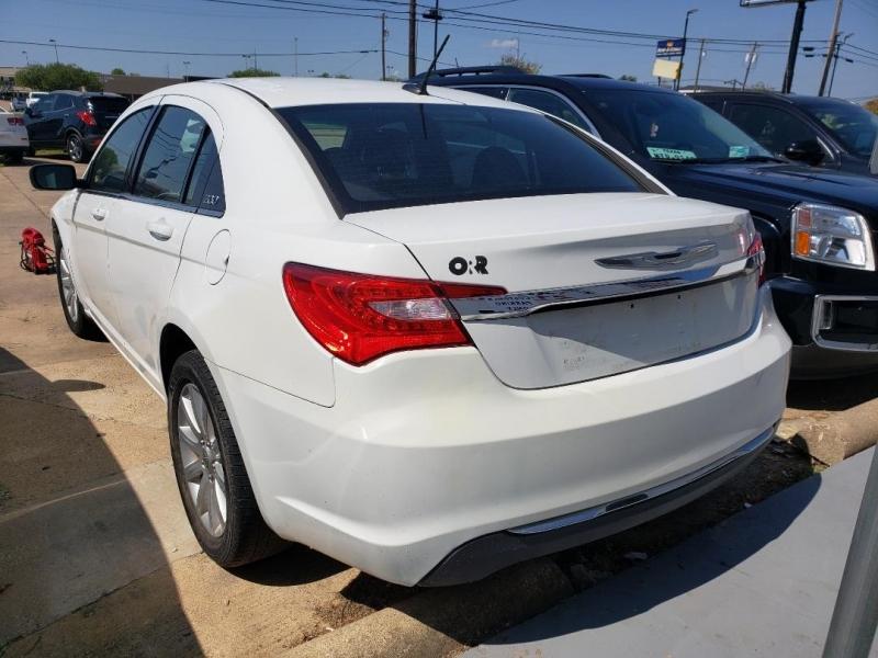 Chrysler 200 2013 price $8,000