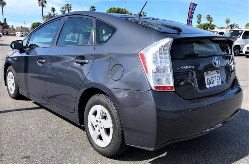 Toyota Prius 2010 price $8,500