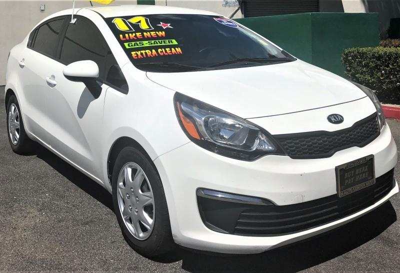Kia Rio 2017 price $10,500