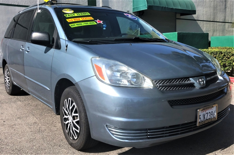 Toyota Sienna 2004 price $6,800