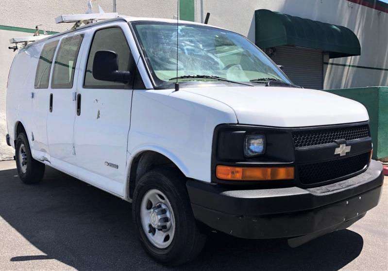 Chevrolet Express Cargo Van 2006 price $10,900